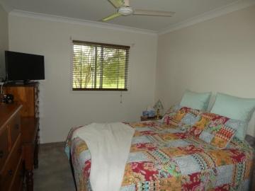 main bed 3.6 x 3 fan, WIR