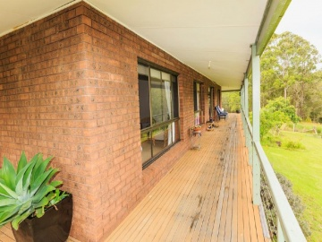 front verandah 2