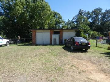 DBLE garage/workshop