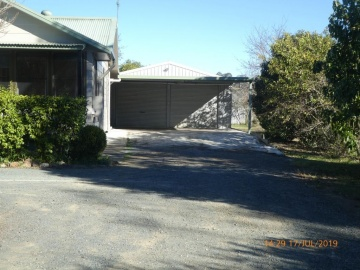 DBLE garage & carport